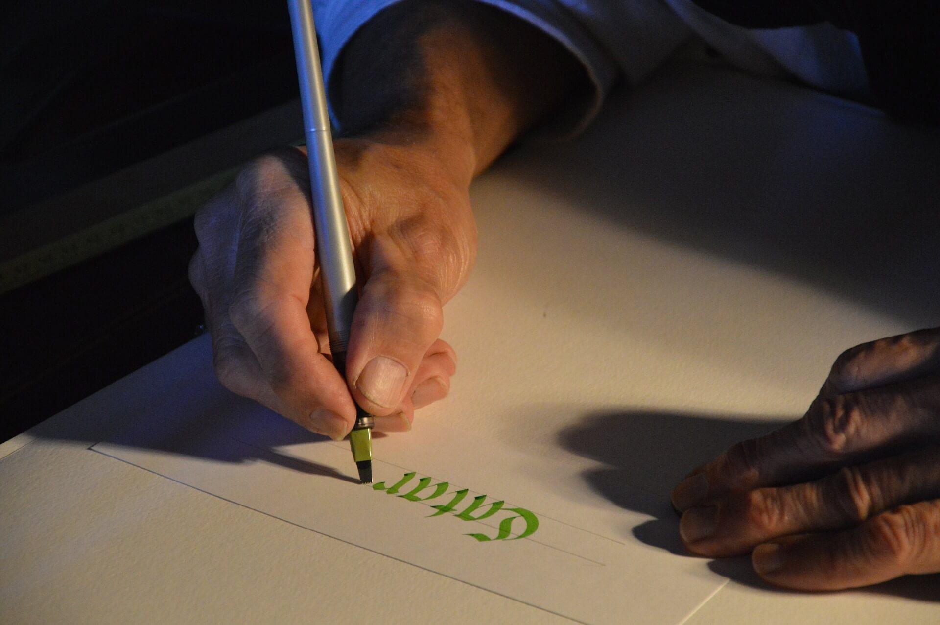 Doble Máster en Grafología y Grafiti